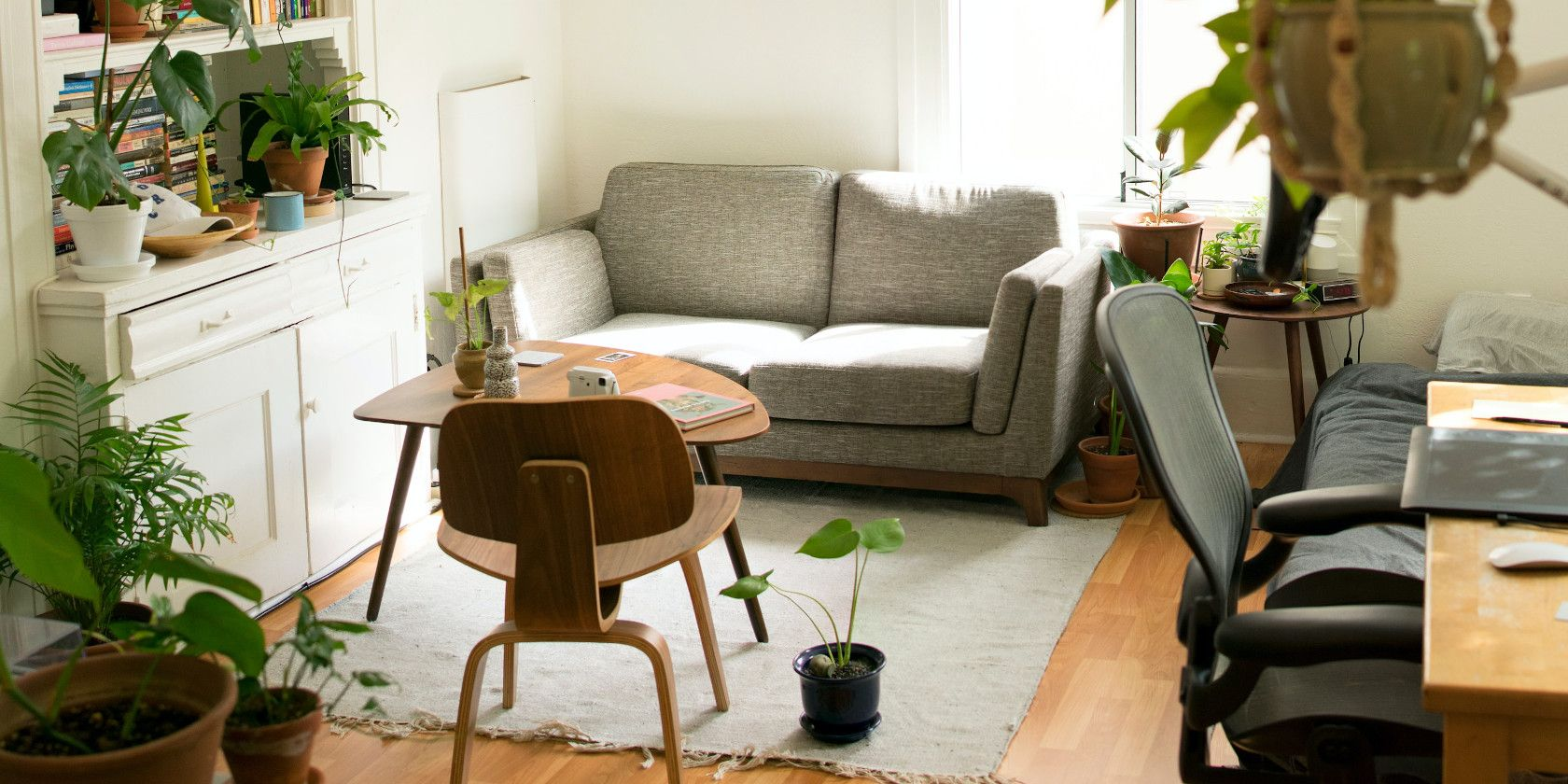 Where to Find Free Furniture Online: The 13 Best Sites  MakeUseOf