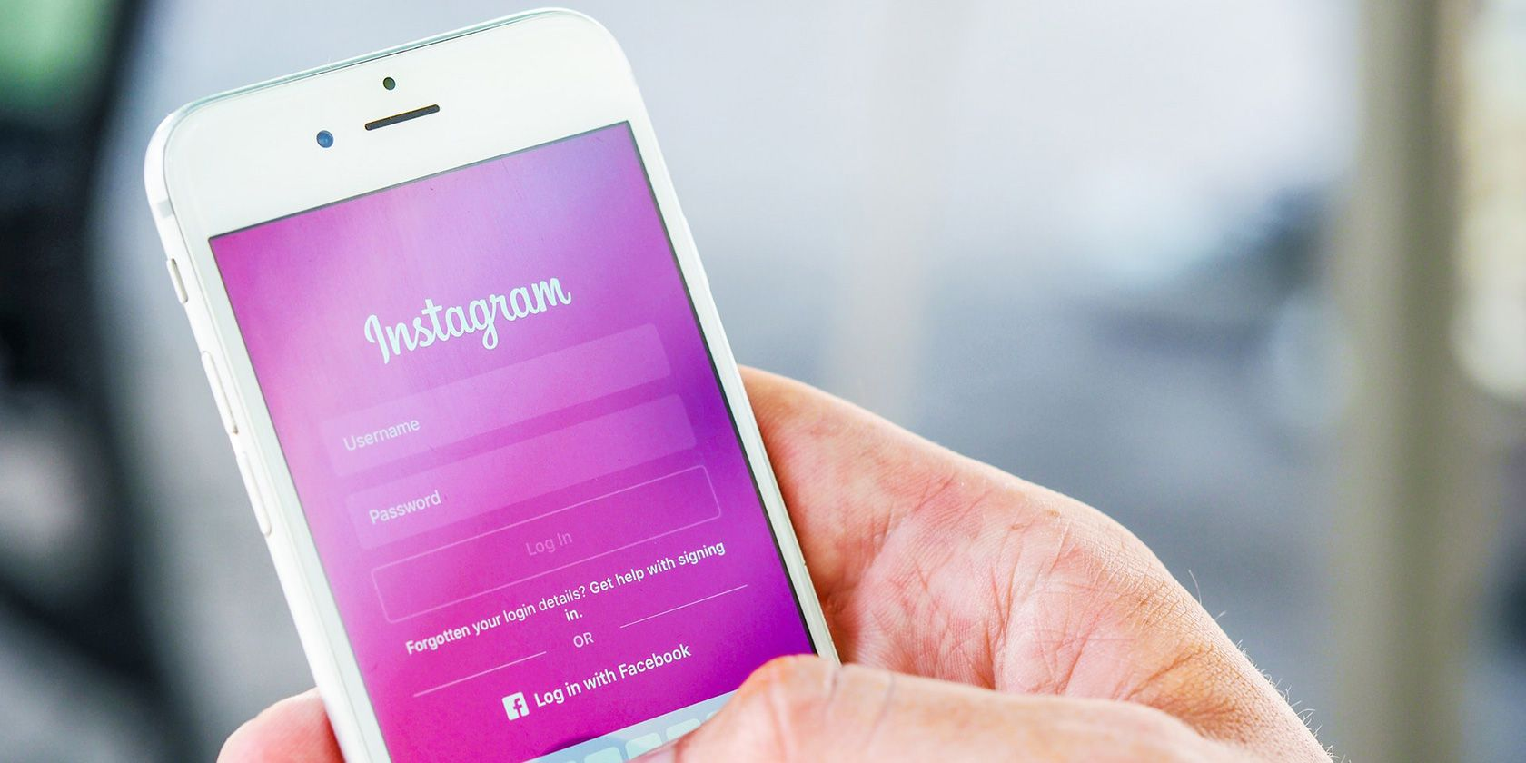 How to Reply to an Instagram DM With a Photo or Video
