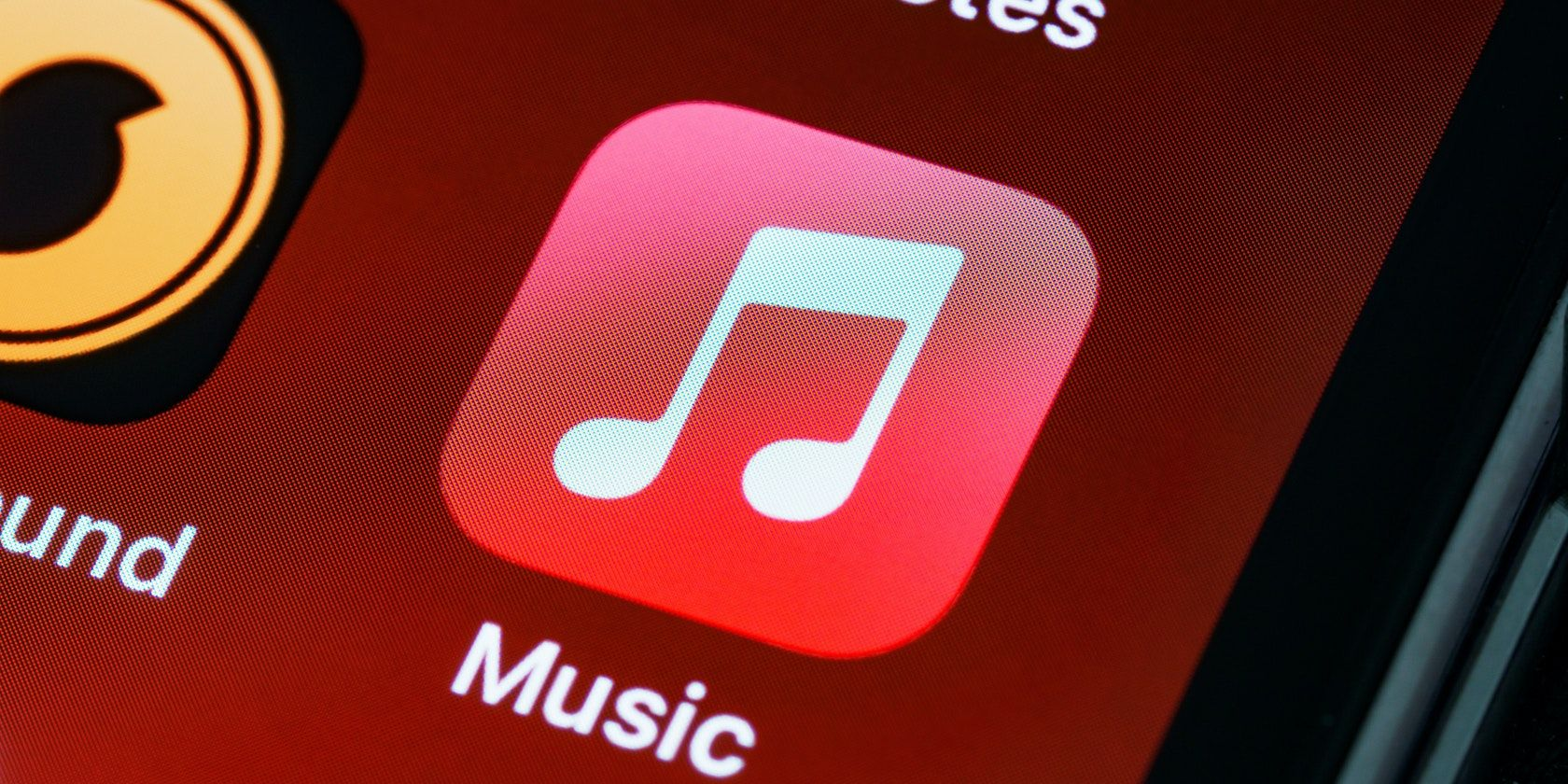 """What Is Apple Music's """"Up Next"""" Feature All About?"""