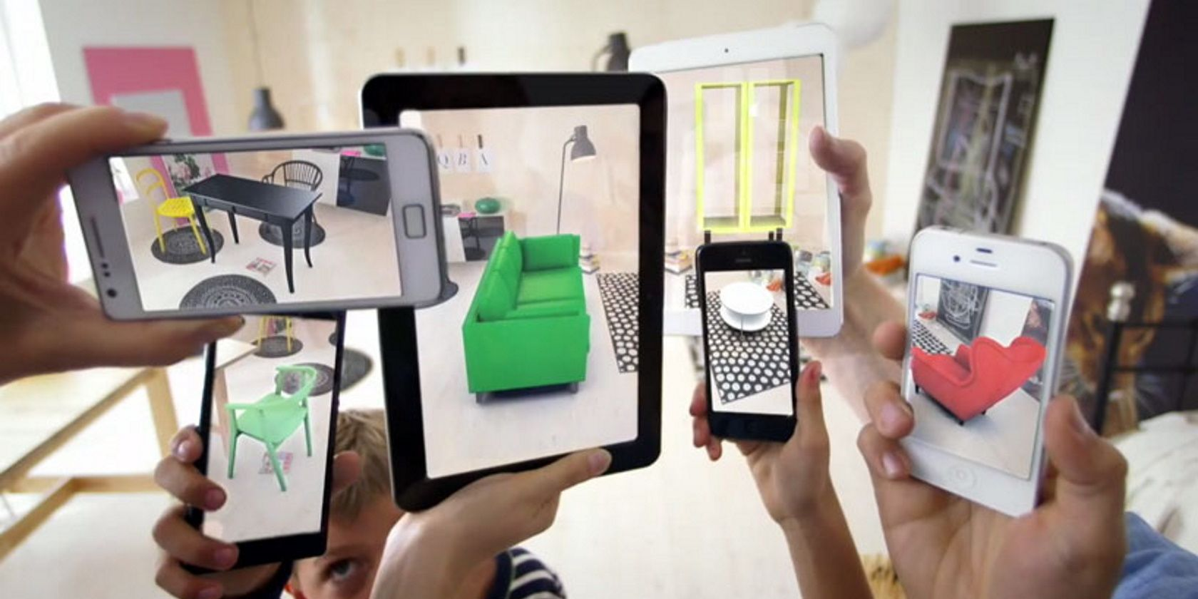 10 Cool Applications of AR Technology in Everyday Life