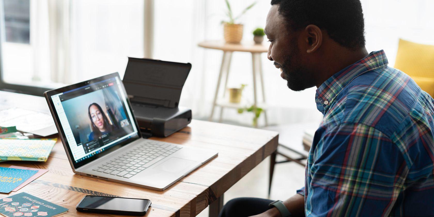 How to Host a Zoom Meeting on Desktop, Web, and Mobile