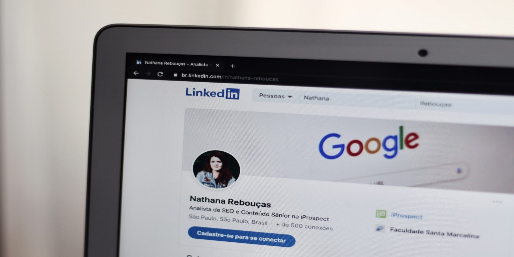 7 Free LinkedIn Features to Use in Your Job Search - MUO - MakeUseOf